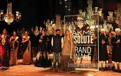 LFW W/F 2016: A glowing Kareena Kapoor Khan looked resplendent for Sabyasachi's…