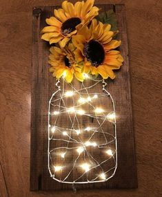 Sunflower fairy light stitch art – Diy Baby Deco – rustic home diy Sunflower Room, Sunflower Bathroom, Sunflower Home Decor, Sunflower Gifts, Sunflower Decorations, Sunflower Wedding Favors, Sunflower Weddings, Sunflower Design, Diy Casa