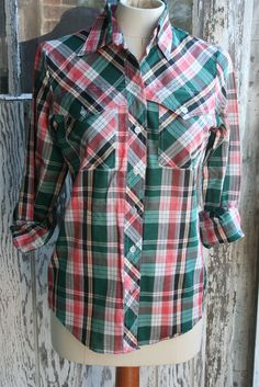 Vintage Womens Western Style Buttondown Plaid Shirt