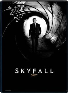 Daniel Craig is back as James Bond 007 in Skyfall, the adventure in the longest-running film franchise of all time. In Skyfall, Bond's loyalty to M (Judi Dench) is tested as her past comes ba… James Bond Skyfall, Best James Bond Movies, James Bond Movie Posters, Best Bond, Film D'action, Film Serie, Daniel Craig, Craig James, Craig 007