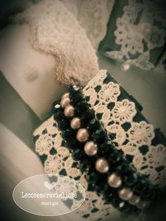 cuff bracelet in black with pearls and lace