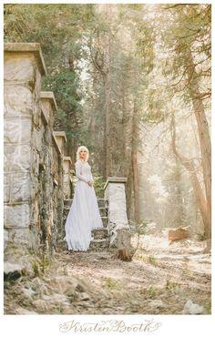 Woodsy California Mountain Engagement | Fairytale Engagement Photographer | {Jordan and Megan}