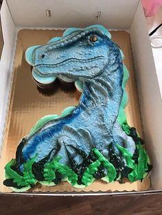 Dinosaur Birthday Cakes, Dinosaur Party, 5th Birthday, Birthday Party Themes, Birthday Wishes, Pull Apart Cupcake Cake, Pull Apart Cake, Cup Cakes, Cupcake Cakes