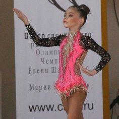 "122 Likes, 7 Comments - Александра (@aleksandra_leotards_rg) on Instagram: ""Карина в купальнике ""Олимпийский рассвет""  #rgf #rg #agg #ritmica #rythmicgymnastics #leotards…"""