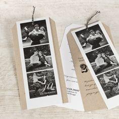 Bekoor je vrienden en familie met deze heerlijke eigentijdse uitnodiging met eco-touch! 2 kaartjes voor alle informatie en een fotokaart vooraan, samengebonden met een fijn zwart-wit koordje! Deze kaart wordt los geleverd en dien je zelf samen te stellen.3 losse kaartjes met