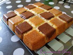 Gâteau au Yaourt facon Damier    -   Mettre un peu pâte avec Banania 1 carré sur 2 et verser ensuite toute la pâte     -       1 yaourt (maison pour moi) 3 oeufs 3 pots de farine 1 pot et demi de sucre 1 sachet de levure 1/2 pot d'huile 1 cuil. à café de cacao non-sucré