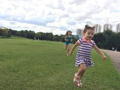 Correr no parque é muito bom!  #baby #babies #adorable @top.tags #toptags #cute #cuddly #cuddle #small #lovely #love #instagood #babiesofinstagram #beautifulbaby #mybaby #beautiful #life #youtubersmirins #youtubermirim #instababies #happy #igbabies #childrenphoto #toddler #instababy #infant #photooftheday #sweet #30diasbichoeplanta #little #family