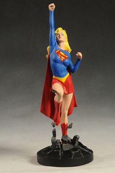 DC Cover Girls Supergirl statue by DC Direct