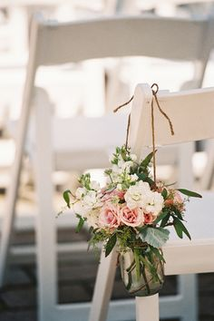 25 Rustic Outdoor Wedding Ceremony Decorations Ideas - My Pin's World Floral Wedding, Wedding Bouquets, Wedding Flowers, Wedding Vintage, Trendy Wedding, Summer Wedding, Rose Wedding, Wedding Colors, Wedding Beach