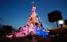 Tips for Visiting Disneyland Paris http://thingstodo.viator.com/paris/tips-for-visiting-disneyland-paris/