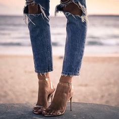 When in doubt ripped jeans and heels #regram @elle_ferguson via COSMOPOLITAN MAGAZINE OFFICIAL INSTAGRAM - Fashion Campaigns Haute Couture Advertising Editorial Photography Magazine Cover Designs Supermodels Runway Models