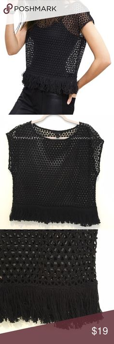 Banana Republic Crochet Fringe Top Banana Republic crochet knit top with fringe hem, excellent condition only worn once ! Perfect top for layering :) Banana Republic Tops