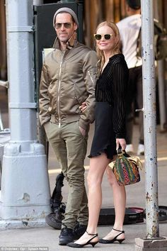 Kate Bosworth Style, Alexander Skarsgard, New York Street, Getting Cozy, Mail Online, Daily Mail, Casual Chic, Wednesday