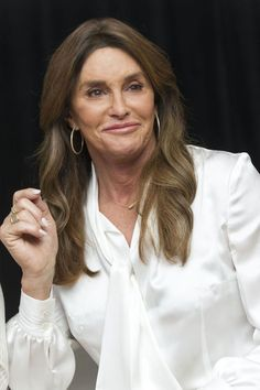 Caitlyn Jenner reveals why she's still single,opens up on relationship struggles