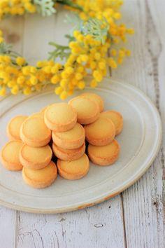 あいりおーさんの「プレーンサブレ」レシピ。製菓・製パン材料・調理器具の通販サイト【cotta*コッタ】では、人気・おすすめのお菓子、パンレシピも公開中!あなたのお菓子作り&パン作りを応援しています。 Dessert Cake Recipes, Cute Desserts, Biscuit Cookies, Biscuit Recipe, Galletas Cookies, Gujarati Recipes, French Pastries, Cute Food, How To Make Cake