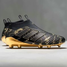 a622c1fbbf840 Pogba s newest boots Crampons Football