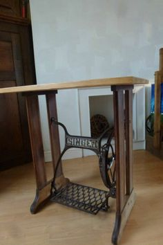 Antique Singer Sewing Machine Stand Table Vintage Industrial Wood Cast Iron  Desk