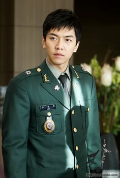 "Lee Seung Gi on @DramaFever, in ""King 2 Hearts"".  My #1 show with Lee Seung Gi."