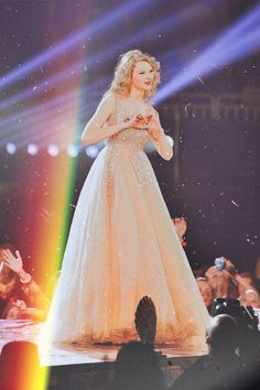 Taylor Swift Speak Now, Taylor Swift Fearless, All About Taylor Swift, Long Live Taylor Swift, Taylor Swift Album, Taylor Swift Hot, Taylor Swift Quotes, Taylor Swift Style, Red Taylor