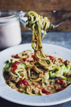 Krämig vegetarisk färs med ljuvlig zucchinipasta till – favorit i repris! - Metro Mode