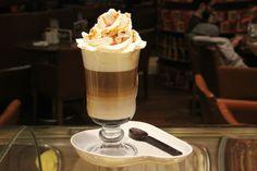 Kahve Tutkusunun En Tatlı Hali.  Karamelli Macchiato…