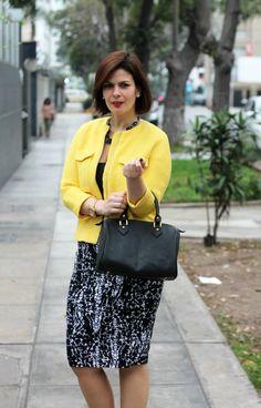 DIVINA EJECUTIVA: Mis Looks - La Chaqueta Amarilla
