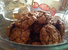 Cookies με τρείς σοκολάτες!! ~ ΜΑΓΕΙΡΙΚΗ ΚΑΙ ΣΥΝΤΑΓΕΣ Cookies, Bakery, Ice Cream, Cooking Recipes, Breakfast, Desserts, Food, Paradise, Crack Crackers