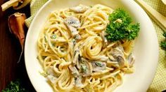 Paste cremoase cu ciuperci | Retete culinare - Romanesti si din Bucataria internationala