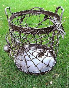 """Check out our web site for even more information on """"metal tree art scrap"""". It is actually a superb place to get more information. Metal Tree Wall Art, Scrap Metal Art, Metal Artwork, Metal Art Projects, Welding Projects, Metal Crafts, Metal Art Sculpture, Sculpture Ideas, Art Sculptures"""