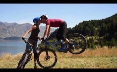 Kneepads and Roses, A Singletrack Valentine | Singletracks Mountain Bike News