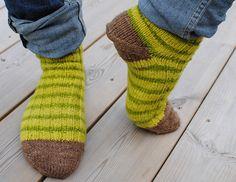 Ravelry: spona's Handspun cabled socks