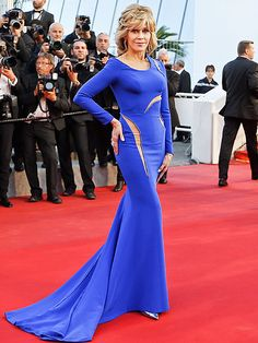 Jane Fonda Wins the Cannes Red Carpet – at 77! http://www.people.com/article/jane-fonda-cannes-sea-of-trees-premiere