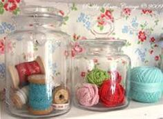 Shabby Chic Craft Ideas  - Glass jars with yarn on oversized spools