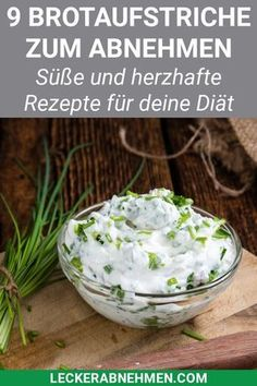 Wer Brotaufstrich selber machen will, sollte sich mal diese gesunden Rezepte ans… If you want to make spreads yourself, you should take a look at these healthy recipes. They are low in calories, tasty and ideal for losing weight. No Calorie Foods, Low Calorie Recipes, Diet Recipes, Snack Recipes, Healthy Recipes, Easy Diets, Calories, Keto Snacks, Fitness Diet