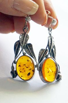 925 Sterling Silver 3,8 gram Natural Unique Amber Baltic Amber Earrings 1.3 Yellow Stud oval shape earrings