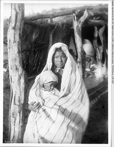 [A+Yaqui+Indian+mother+holding+a+baby,+Arizona,+ca.1910.jpg]