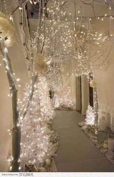 this is so lovely someone has very good tasts winter wonderland decorations winter - Winter Wonderland Christmas Decorating Ideas