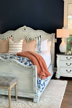 Tired Lamps need a new look?  Give them a quick and easy update with this inexpensive 4-step tutorial.  DIY Ceramic Lamp Makeover:  Painted White by thetarnishedjewelblog.com.  #whitelamp #whitelamps #lampmakeover #paintedlamps #powerofpaint #navyaccentwall #navyandcoral #coastalfarmhousebedroom #coastalfarmhousedecoratingideas #coastalfarmhouseinspiration Painting Lamp Shades, Painting Lamps, Blue Painting, Diy Painting, Neutral Wall Colors, Paint Colors, White Wash Dresser, Navy Accent Walls, Lamp Makeover