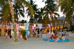 a simple beach love affair! the families loved it the bride and groom loved it and it looks like fun!        Make your dream wedding come true:                     1-866-383-6810 #dreamwedding #keywestwedding #dayofwedding #weddingplannerkeywest #planmywedding #wedding #fantasywedding #beachwedding