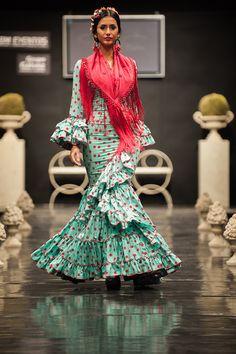 Pilar Vera – Pasarela Flamenca Jerez 2015   Moda Flamenca - Flamenco.moda