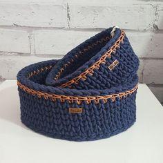 Cesto de Crochê: Veja Como Fazer e +70 Modelos Inspiradores Crochet Quilt Pattern, Crochet Basket Pattern, Knit Basket, Basket Weaving, Crochet Patterns, Crochet Decoration, Crochet Home Decor, Crochet Bowl, Crochet Yarn