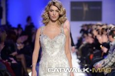 ''Kings and Queens''. A spectacular show by @ManiatisMixalis for FW 2015. Bridal FW Athens http://www.catwalkmag.com/gr/en/events/athens-bridal-fw-2015/801/