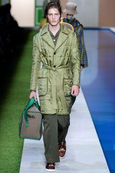Sfilata Moda Uomo Fendi Milano - Primavera Estate 2017 - Vogue