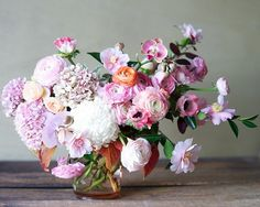 Try something asymmetrical. #flowers #bouquet