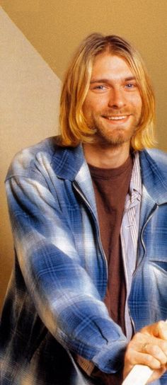 Wow it was rare to see him smile like this.  You are still missed to this day Kurt!