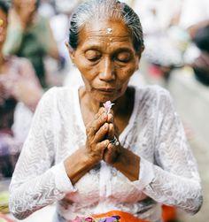 Apel Photography - Street Photography - Bali Culture Ceremony - Nusa Penida - NIMPUNG (15)