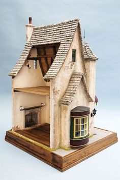 Rik Pierce He works miracles with paper clay. I love paper clay, I just did a… Clay Houses, Ceramic Houses, Paper Houses, Doll Houses, Miniature Rooms, Miniature Houses, Small World, Witch House, Paperclay