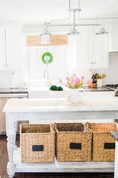 Spring Home Tour 2015 | Visit this farmhouse inspired spring home tour to gather ideas for your Easter celebration and decor.