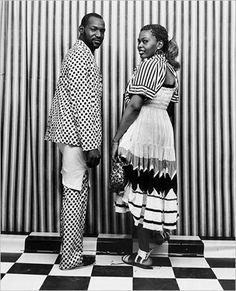 (Pics) Malick Sidibé Documents 60's Youth Culture in Mali