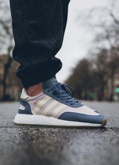 Adidas Iniki Runner Boost wmns - Super Purple/Cream White - 2017 (by Jeremy Szy) Buy them here: Overkill / Sneakersnstuff / Allike / Foot District / More shops Addidas Shoes Mens, Adidas Men, Adidas Sneakers, Best Sneakers, Casual Sneakers, Casual Shoes, Adidas Iniki Runner, Adidas Retro, Streetwear